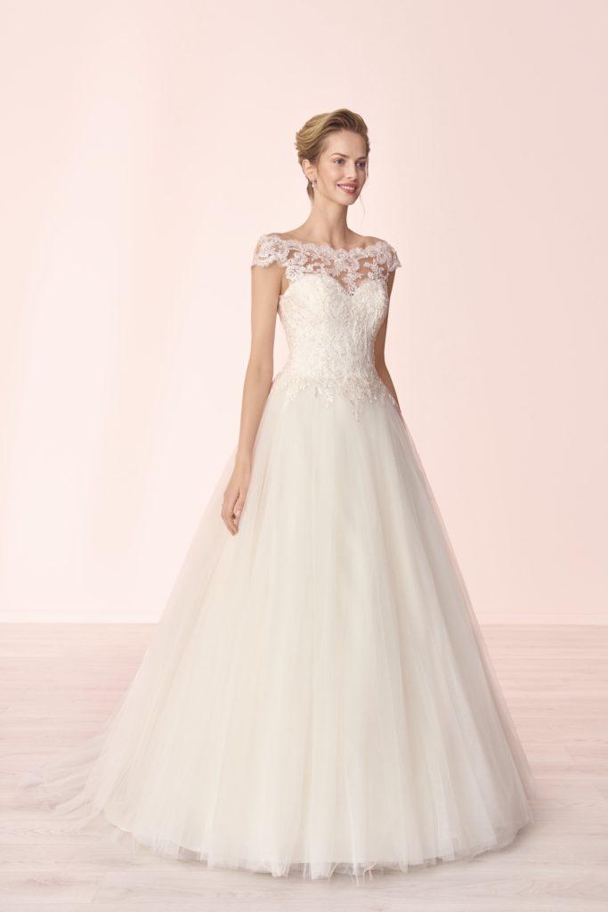 Suknia ślubna klasyczna Elizabeth Passion model 4035T