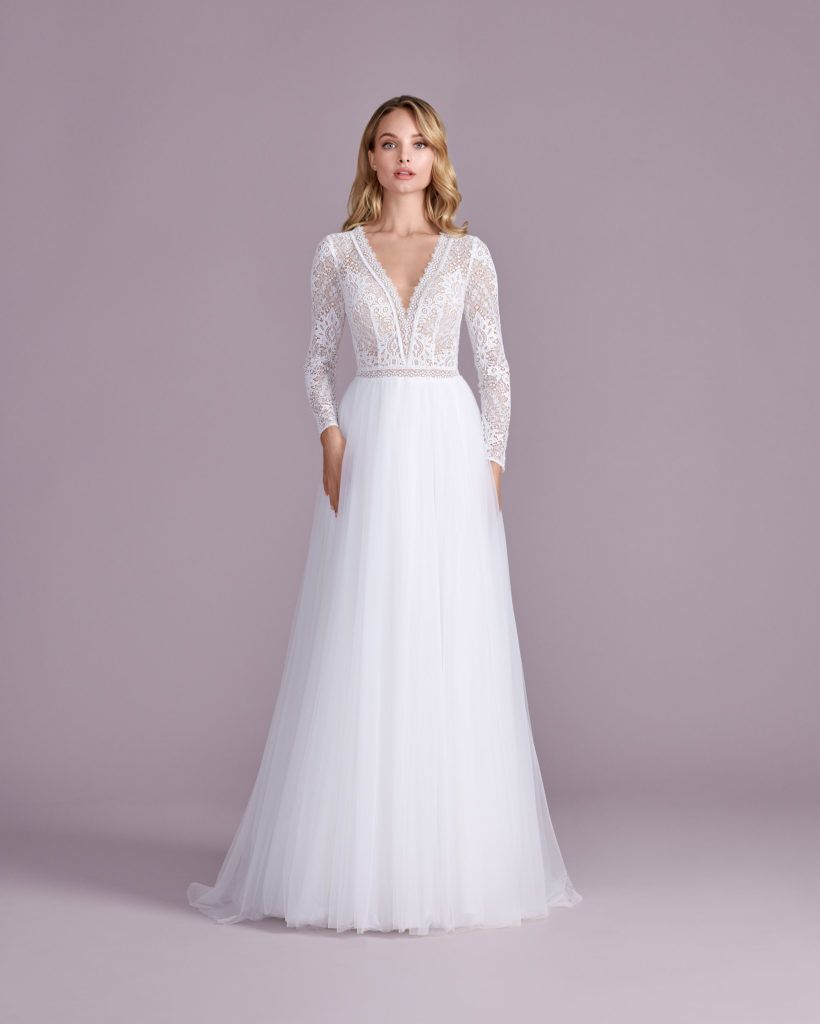 Suknia ślubna księżniczka Elizabeth Passion model 4424T
