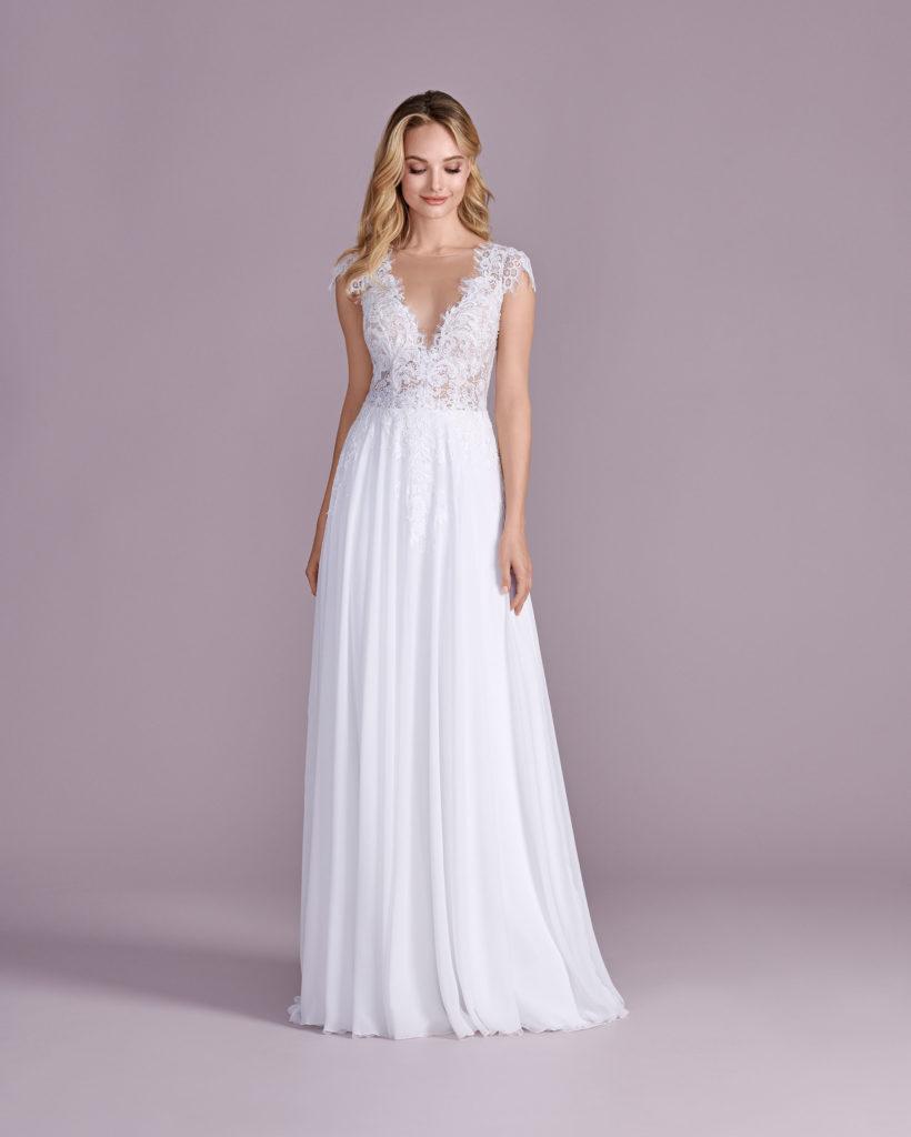 Suknia ślubna delikatna Elizabeth Passion model 4492T