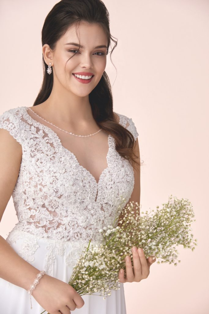 Suknia ślubna bez gorsetu Elizabeth Passion model M-04T V1